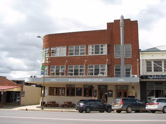 The Alpine Hotel Restaurant Cooma